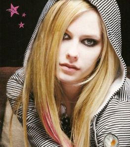 Post your favorite picture of Avril ? Prop's will be given !