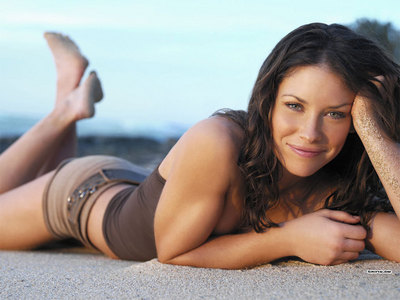Who else thinks Evangeline Lilly would be the best Melanie?