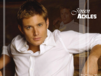 Post your favori pic of Jensen and I'll give toi a prop!