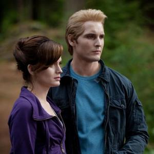 HELP I NEED IT ASAP a picture of Edward and bella in eclipse BUT NOT IN TH MEADOW