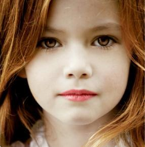 Do you think Mackenzie Foy should be renesmee? (picture)