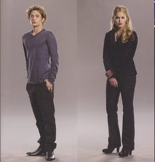 why is it that jasper and rose have the same last name hale but everyone else cullen?