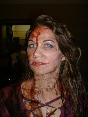 um it depends on how artistic you are.it seems like zombies are a big thing this year.Vampires seem to be big as well.But the zombie thing is a good idea.you can go online and find out how to make fake blood and all.Heres an picture to give you an idea