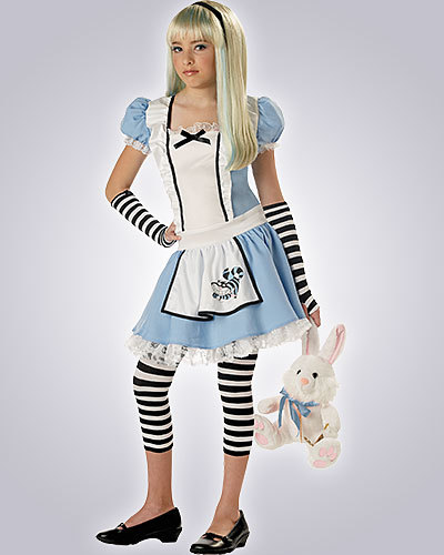 i'M GONA B ALICE IN WONDERLAND Ps: BOOP!!!! :P