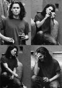 See Johnny smoke. <3