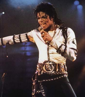 MICHAEL JACKSON...!! He's The King Of Pop!!as anda know... He's from Gary-Indiana I Cinta him so much!!!!