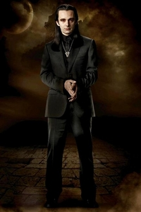 ARO IS MY FAV VOLTURI CHARACTER AND THE HOTTEST!!!!