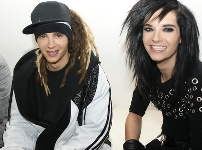 YES!!! and bill a dit halo!!!while i was smileing like a dumbass and a dit nice smile!!!=]AWWWWW ich leib dich bill kaukitz