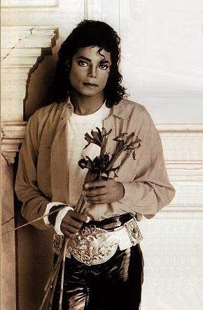 I think how much I LIV MJ and how much I miss him<3He was tooo good 4 this world