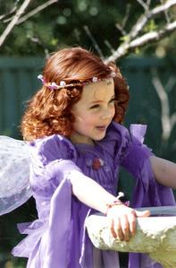I like this little girl :P I think she's cute