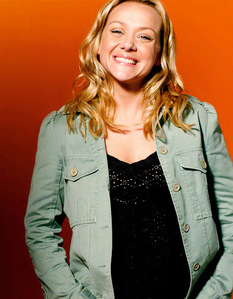 A 3 way tie between Nathan Kress, Haley Williams and Nicole Sullivan. Nathan Kress is from iCarly Haley Willams lead singer in Paramore and most ppl dont know who Nicole Sullivan is but she is mainly a voice artist ya know? like cartoon voices she does Penguins of Madagascar she plays Marlean the otter and she does the secret Saturdays she plays Drew. heres a pic of Nicole: