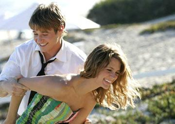My #1 couple is Ryan and Marissa from The OC <3 I upendo them together! :D