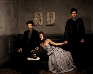 I know a good reliable site in which I already watched new moon: http://www.justmovielinks.com/ This is it :D