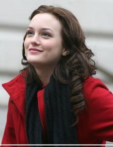 omg..!!that's the tufest one... i would like to began with leighton meester(blair wldorf) she is my icon,she is a fashion ista..love her x.o.x.o!! i would like to meet mj but unfortunatly he is r.i.p...!!then my sweet cute pag-ibig robert pattinson...i want him....then my fav singer of all time rihanna and of course the it celeb lady gaga!!!
