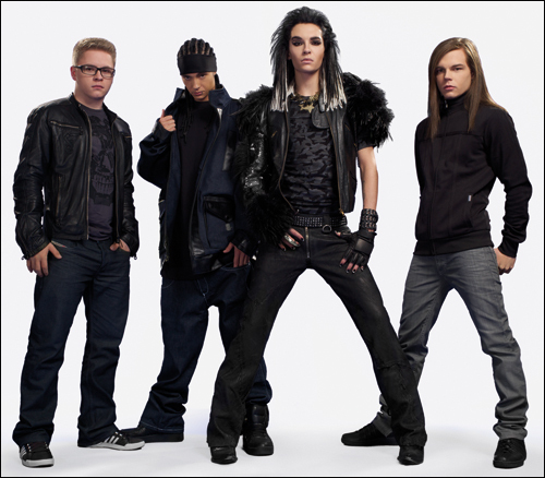ya him and Bill got mew hair styls for the making of humandiod album in 2009.
