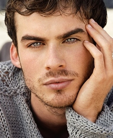 I cinta him. He's one of my fav actores. He's so hot!