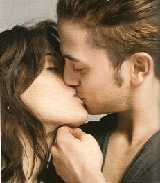 """I saw the """"kissingpic"""" too. I think it's just show. It's what the fans want to see and the film producers do everything for a good publicity, don't they?  i found the pic, it was in """"Glamour UK""""  >> sri for my English, I'm German <<"""