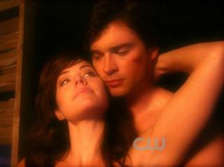 1.Clark & Lois(Smallville) 2.Jack & Kate(Lost) 3.Mulder & Scully(X-Files) 4.Damon & Elena(Vampire Diaries) 5.Oliver & Chloe(Smallville)