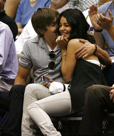 zac efron and vanessa hudgens they're too cute!