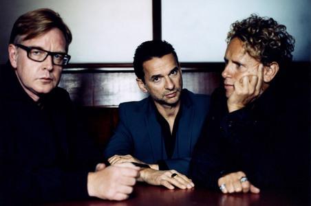 Depeche Mode, HANDS DOWN!