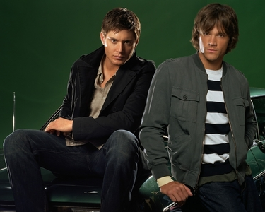 jensen&jared...= LOVE!!!!!!!!!!!! and Wentworth miller from prison break... but i cant 업로드 2 pix =(