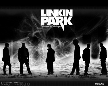 Rock collides with rap and results in the thunderous beats of LINKIN PARK!!!!!!!!!!