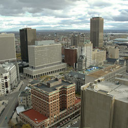 I live in Buffalo, NY. I cinta it there so much. I can't imagine living anywhere else ^_^
