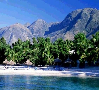 Haiti....b4 the earthquake,now im livin in Ohio with family....heres haiti b4 the quake.Heres a pic of my fav beach!(we were on a barco wen i took this pic)