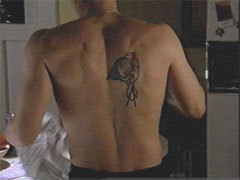 Does David Boreanaz have this tattoo on Bones?