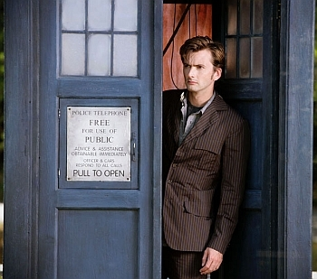 A Timelord!! Lol! :D I think it would be pretty cool to travel through time and মহাকাশ forever! I could have some brilliant adventures! :)