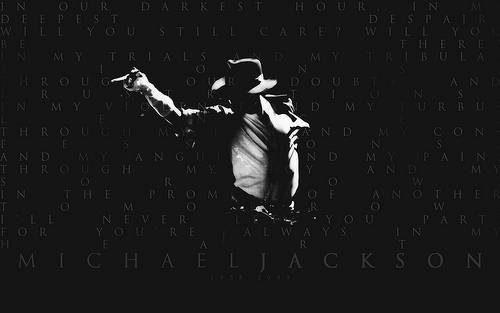 I love this one!! It's one of my fav pic of Michael:)