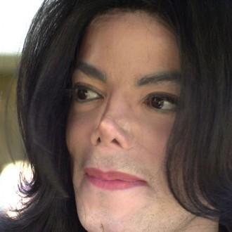Do 你 think Michael had plastic surgery to look 更多 like his mom?