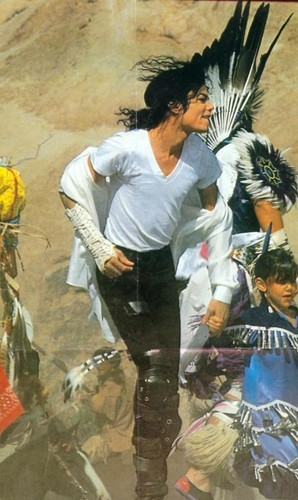 """""""Black au White"""" is a 1991 hit single taken from Michael Jackson's Dangerous album, released in October 1991. 10/1991 is my Birthday:) i'm very glad that i've born in that tarehe it's like we share something lol"""