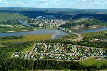 the area tu see in Fort McMurray is really really beautiful. I totally didn't see it from this view until now. I can see my house! haha.