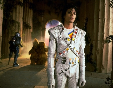 Is Michael Jackson!! and I upendo all his pictures!!! from all eras.. :) I upendo him very much in Captain Eo... he's awesome!!!