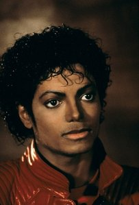 Lady of y life, ghosts, your not alone, don't walk away, thriller, shake your body, the way Du make me feel ....earth song ..LOADS!!