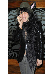 Well mine is guy. Noel Fielding. I just put a feminine twist on it, though he dresses very femininely in the first place. Of course it also helps that he looks like a sex god...