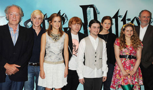 The Wizards Who Died - Remus and the Lupins Hippogriffs deserve to die - Draco and the Malfoys I couldn't kill Albus Dumbledore - Draco and the Malfoys Voldemort is Awesome - Draco and the Malfoys Cornelius lorota, fudge is an bunda - Harry and the Potters Voldemort cant stop the rock - Harry and the Potters My teacher is a Werewolf - Harry and the Potters I am a Wizard - Harry and the Potters Sirius Black - Harry and the Potters The 7th Horcrux - The Remus Lupins Voldemort controls the Media - Roonil Wazlib Enjoy ^-^!
