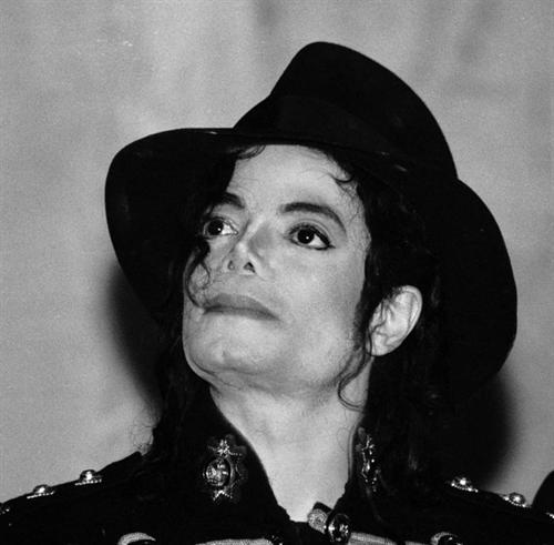"""I knew that.. I don't have anything against Lady Gaga... Michael wanted to sing with her.. Michael had one last wish on what concerns collaborations and that was to sing with Lady Gaga on his """"This Is It"""" tour. I got no problem with that.."""
