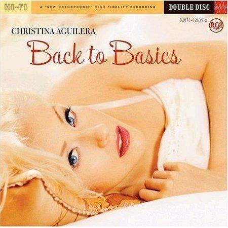 My fav singer is Christina Aguilera :)