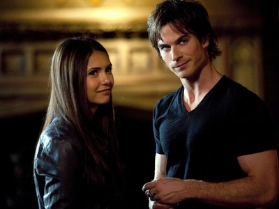 I will be team Damon alwaysssss.Love Damon.He cute..hottt..sexy...handsome..dashing..etc etc..