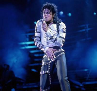 "Well yess! He is soo hot sexy..... he's so spicy.. He makes wanna jump on him and lick him. Oh god I am going mad! MJ Is so attractive... and with his moves he tells you"" I'll show you what i've got"" Mj you make me pee myself!( It's true it happens to me) xxx"