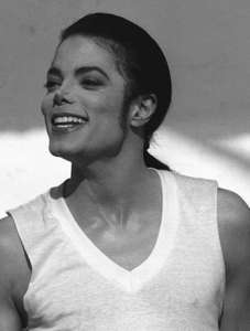In the closet,dirty diana,remember the time,black hoặc white!!!! ♥ they make me wanna die!!!sooo HOOTTT!!!!!!!!!!!!!!!!!! tình yêu bạn MJ!!♥