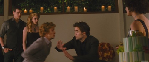 Don't Jasper and Edward look really funny in this picture?