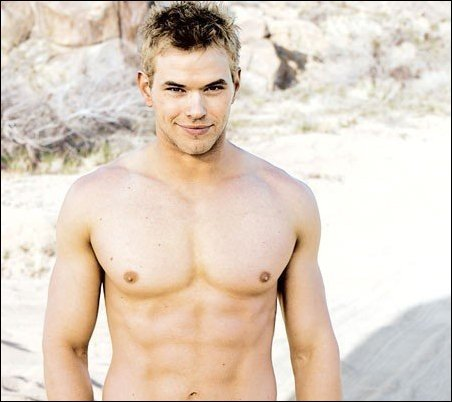 Emmett for me he is hot and is my favorite Cullen and he is just the best looking cullen I think