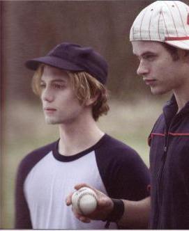 Jasper! But, Emmett is my second favorite Cullen!