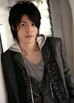 Mamoru Miyano. He was Tamaki Suoh's voice actor. OH SNAP-