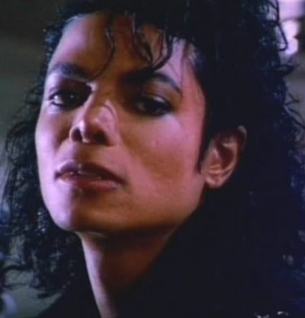 Bad,Dirty Diana,The way bạn make me feel,Come together,Give in to me,In the closet and bạn rock my world,leaves me speechless!<3