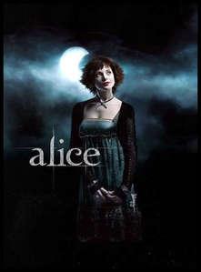 Alice!!!!!! Yeaaaaaaaaa! ;)