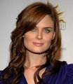 Emily Deschanel... She is so smart,beautiful and she is really good person..That is why i 爱情 her so much...